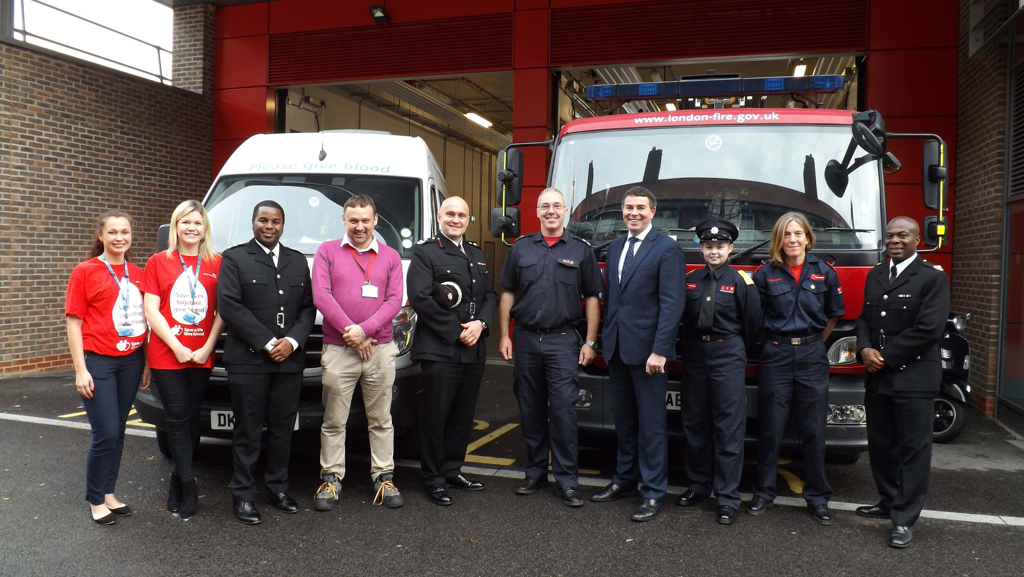 NHSBT Chief Executive Ian Trenholm and members of NHSBT's Venue Improvement Team with staff at Shadwell
