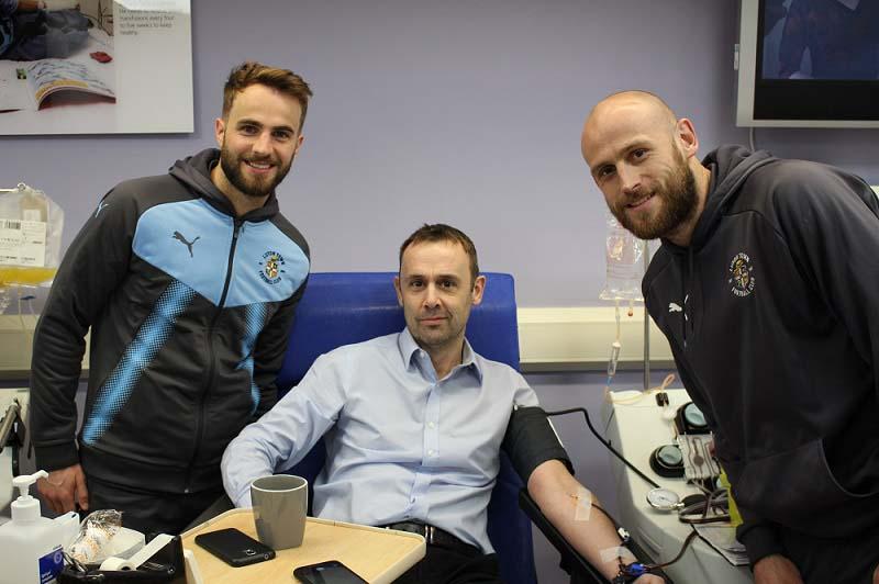 Luton Town FC players visit Luton donor centre