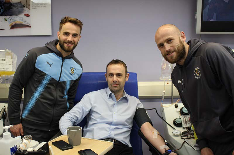 Luton Town FC players visit Luton donor centre