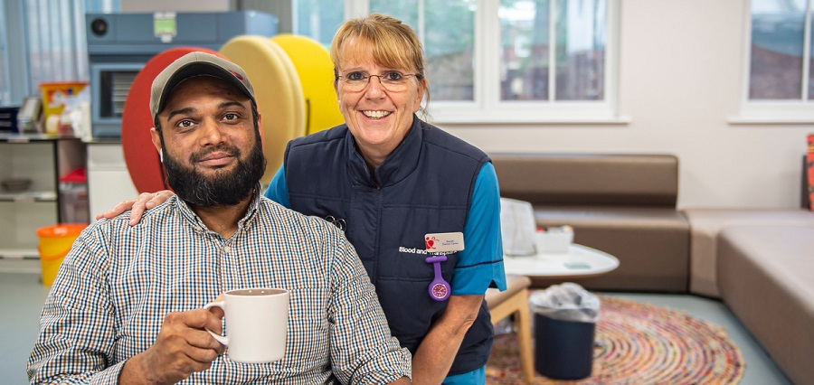 Donor and donor carer at Leicester donor centre